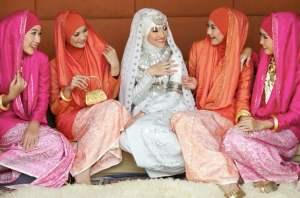 Aquila-Style_HijabFest2012_Dian-Pelangi