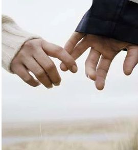 holding hands(2)